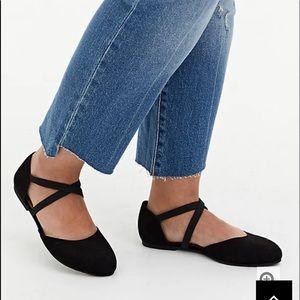 Nwt Torrid size 11W black faux suede Flat shoes